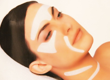 Молочная маска для питания зрелой кожи