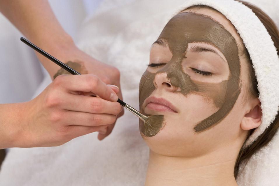 Маска из шоколада для нормальной и сухой кожи лица