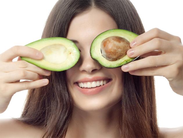 питательная маска для лица из авокадо