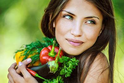 Какие витамины помогают улучшить кожу лица