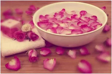 маски для лица из розы