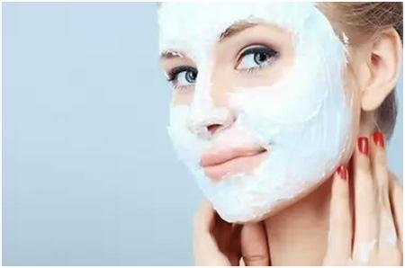 Витаминная маска для лица с сельдереем